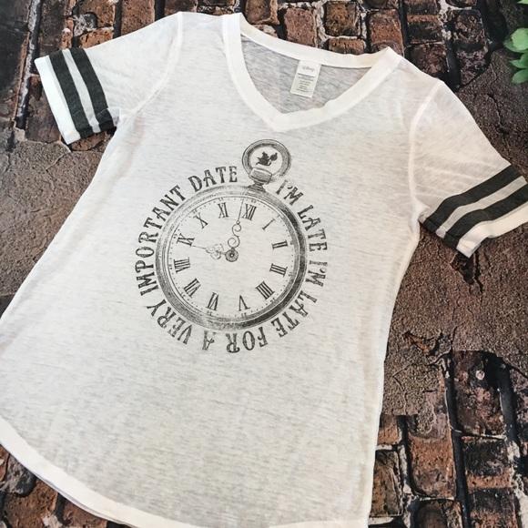 cheap for discount 1ba8b 02a2c Disney Tops - Disney, Alice in Wonderland, tee, M, pocket watch